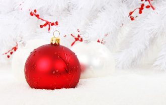 christmas-bauble-15738_640